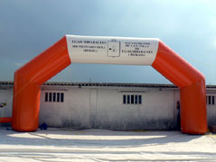 exclusive inflatables, giant inflatables, arches